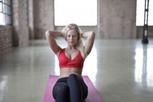Crunches exercise to lose stomach fat